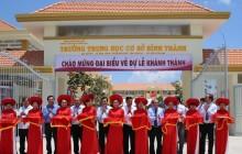 Nguyên Chủ tịch nước và Phó Thủ tướng Thường trực dự khánh thành trường học mới ở Long An